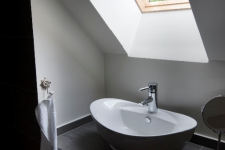 emeleti fürdő